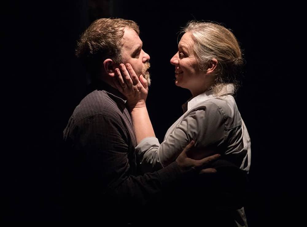 Sasha Olinick and Nanna Ingvarsson in Solas Nua's Little Thing, Big Thing (Photo: DJ Corey)