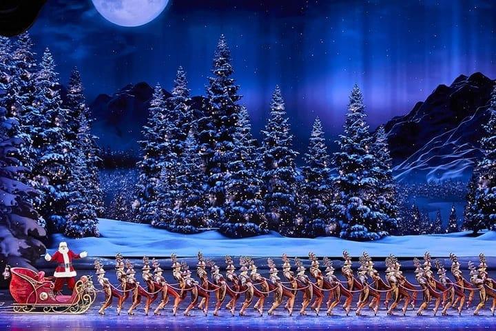 Radio City Christmas Spectacular (Radio City Music Hall) Now through January 1, 2018